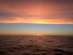 Der erste Sonnenuntergang